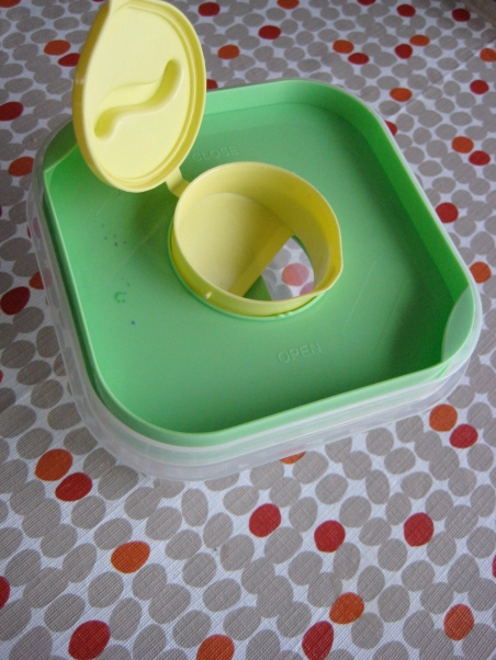 salad container 4